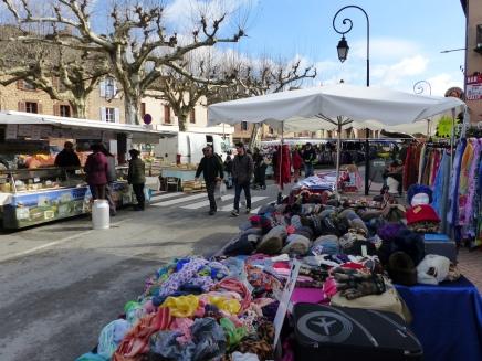 Marcillac Market